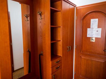 Deluxe szoba - Bock Hotel Ermitage - Szekrény