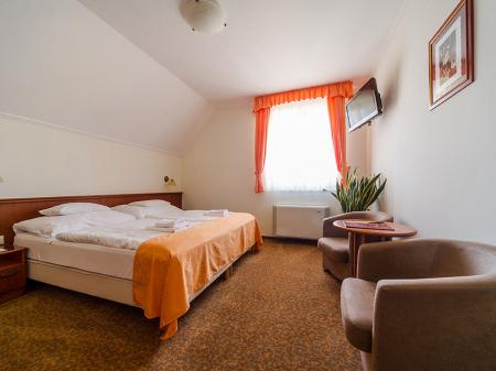 Standard szoba - Bock Hotel Ermitage - Ágy