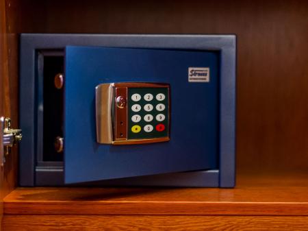 Standard Room - Bock Hotel Ermitage - Safe